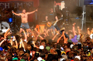 Alexisonfire Moshpit, Warped Tour, Calgary 2006 - Photo by dristis-mudra